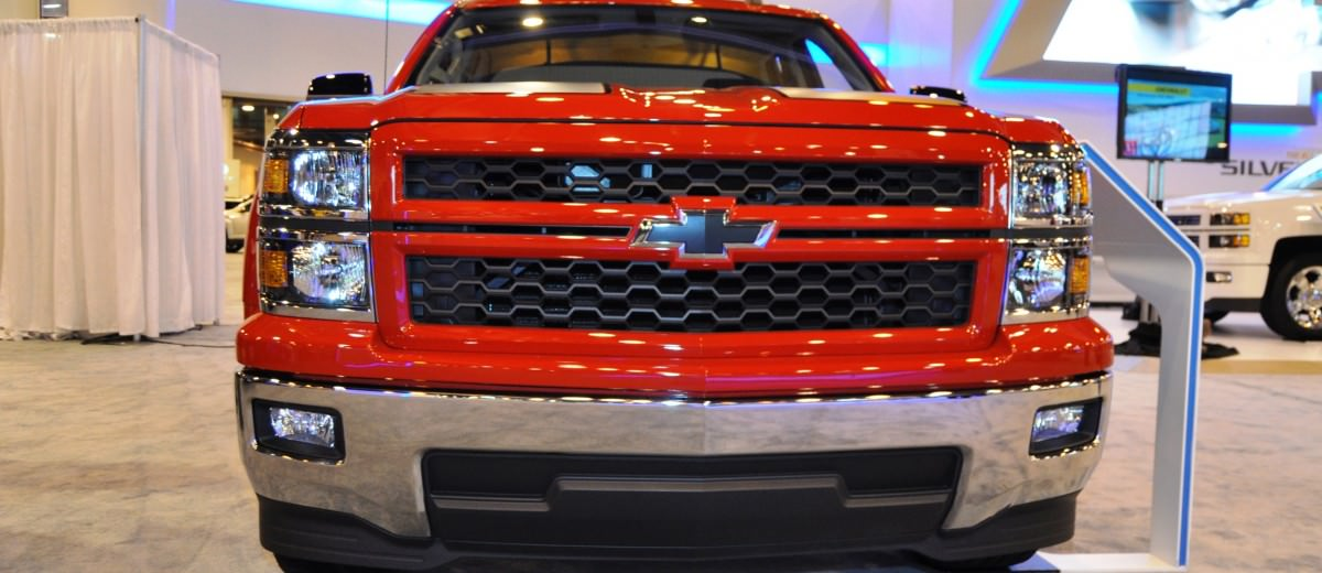 2015 Chevrolet Silverado Rally Sport and Custom Sport 13