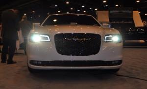 2015 Chrysler 300S 15