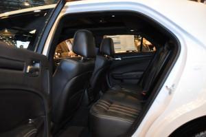 2015 Chrysler 300S 18