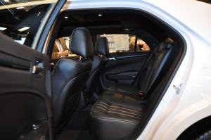 2015 Chrysler 300S 19