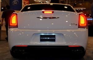 2015 Chrysler 300S 36