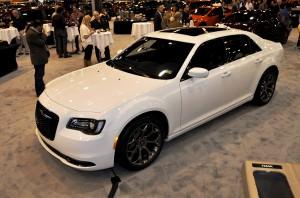 2015 Chrysler 300S 4