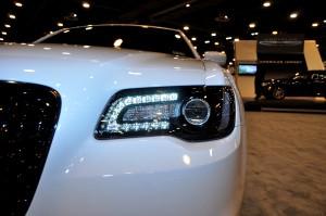 2015 Chrysler 300S 9