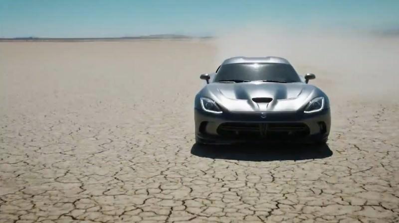 2015 Dodge Viper - DNA of a Supercar  26