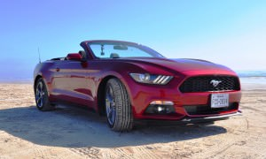 2015 Ford Mustang Convertible  1