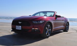 2015 Ford Mustang Convertible  11