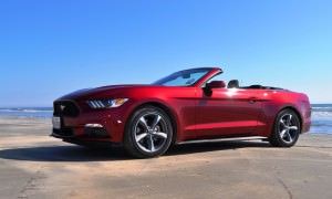 2015 Ford Mustang Convertible  111