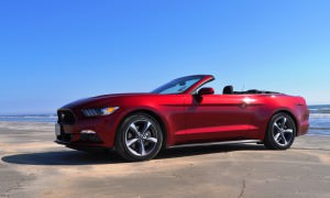 2015 Ford Mustang Convertible  112