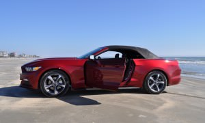 2015 Ford Mustang Convertible  121