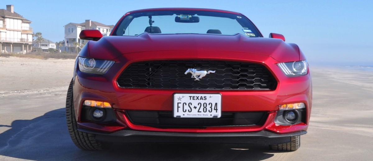 2015 Ford Mustang Convertible  13