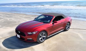 2015 Ford Mustang Convertible  135