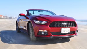 2015 Ford Mustang Convertible  14