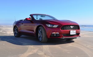2015 Ford Mustang Convertible  16