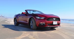 2015 Ford Mustang Convertible  17
