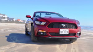 2015 Ford Mustang Convertible  21