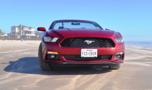 2015 Ford Mustang Convertible  23