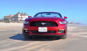 2015 Ford Mustang Convertible  26