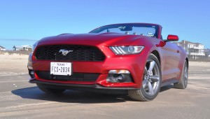 2015 Ford Mustang Convertible  30