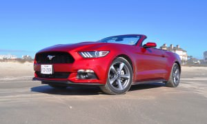 2015 Ford Mustang Convertible  33