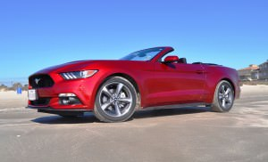 2015 Ford Mustang Convertible  35