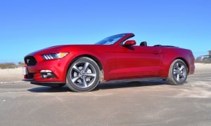 2015 Ford Mustang Convertible  36