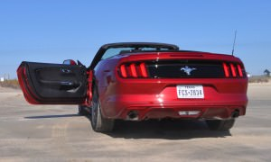 2015 Ford Mustang Convertible  4