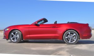 2015 Ford Mustang Convertible  48