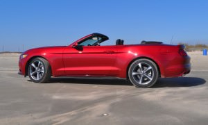 2015 Ford Mustang Convertible  50