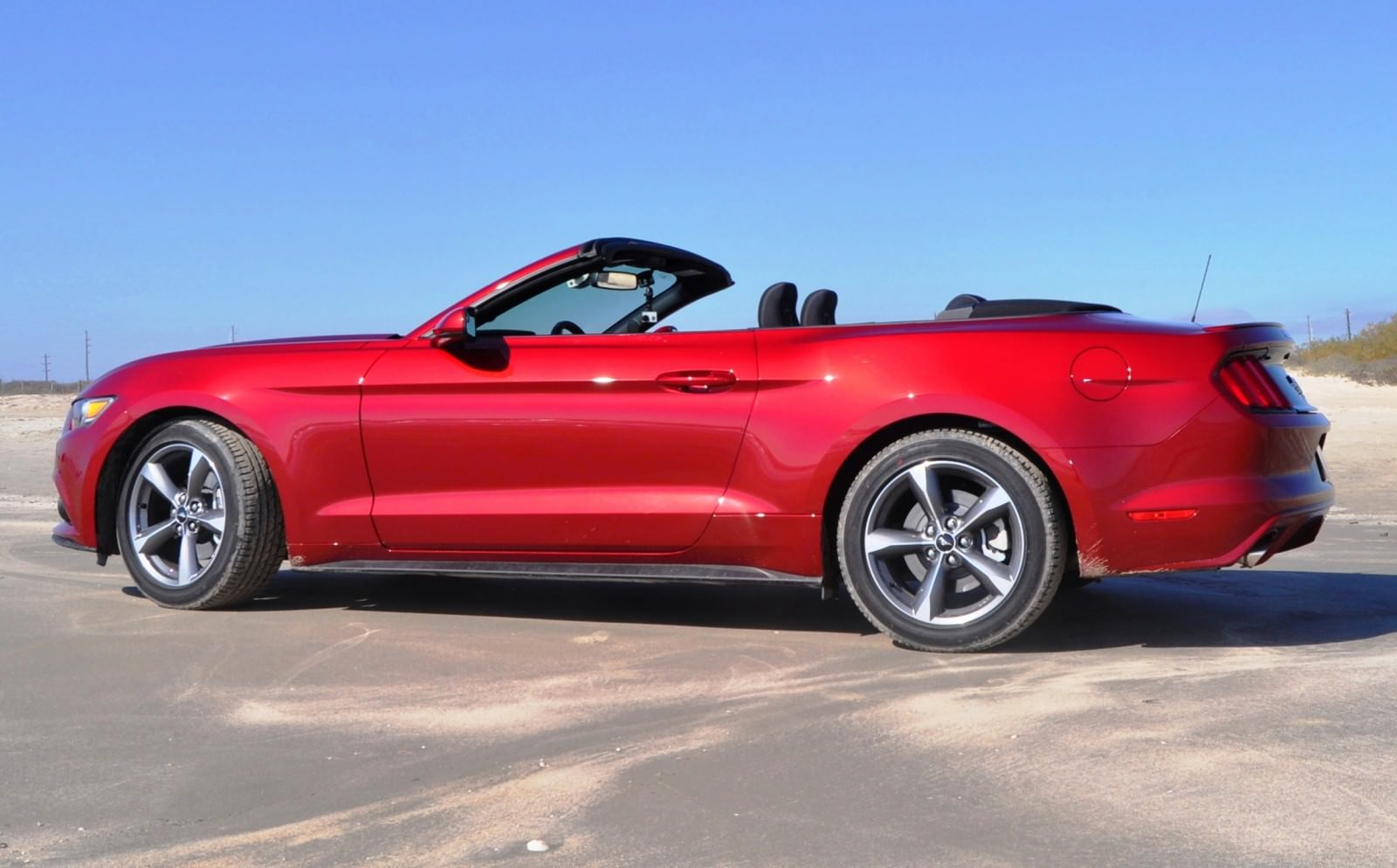 2015 Ford Mustang Convertible  2015 Ford Musta...