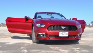 2015 Ford Mustang Convertible  66
