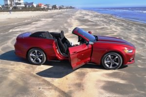 2015 Ford Mustang Convertible  71