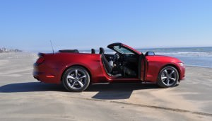 2015 Ford Mustang Convertible  74