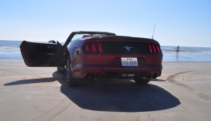 2015 Ford Mustang Convertible  82