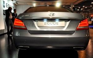 2015 Hyundai Equus 13