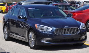 2015-Kia-K900-LED-Lighting-Low-High-and-Brake-Light-Photos-6