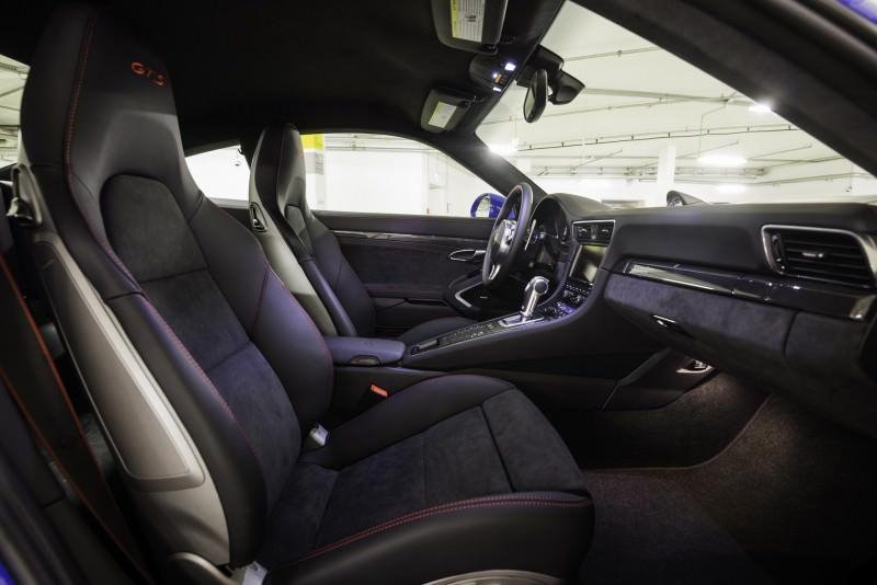 2015 Porsche 911 GTS Club Coupe 3