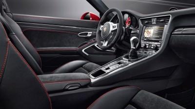 2015 Porsche 911 Targa 4 GTS 33
