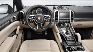 2015 Porsche Cayenne Turbo S 14