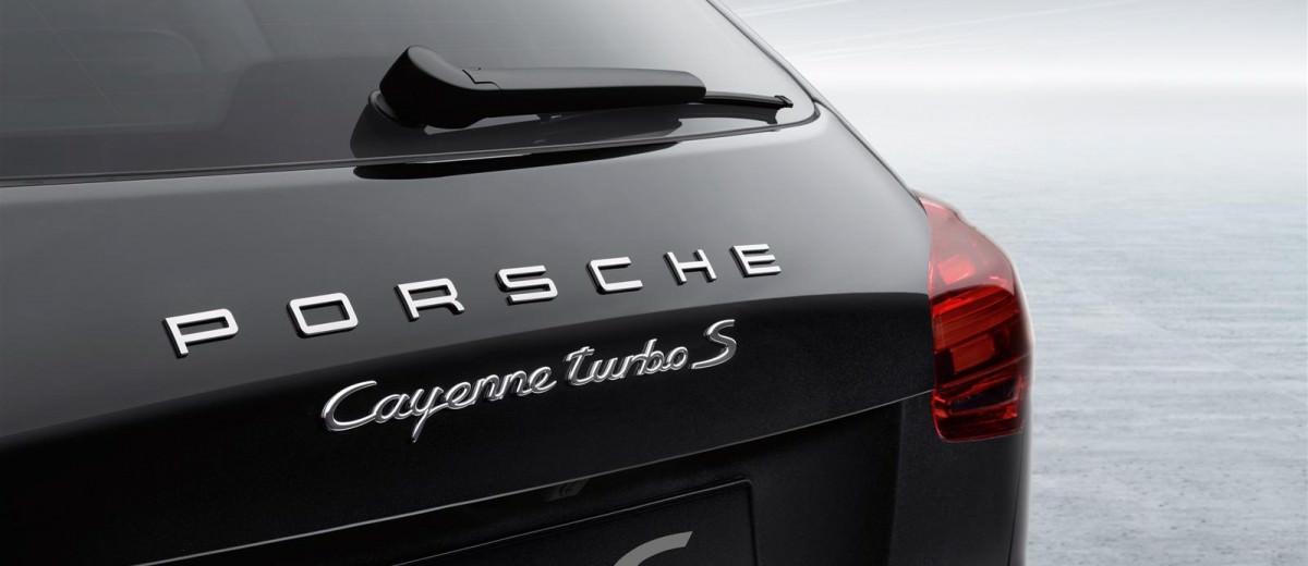 2015 Porsche Cayenne Turbo S 31