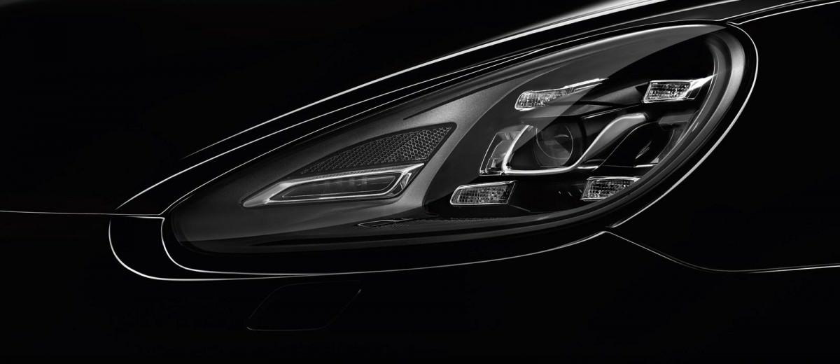 2015 Porsche Cayenne Turbo S 36