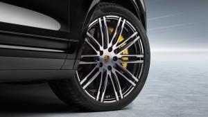 2015 Porsche Cayenne Turbo S 37