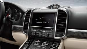 2015 Porsche Cayenne Turbo S 9