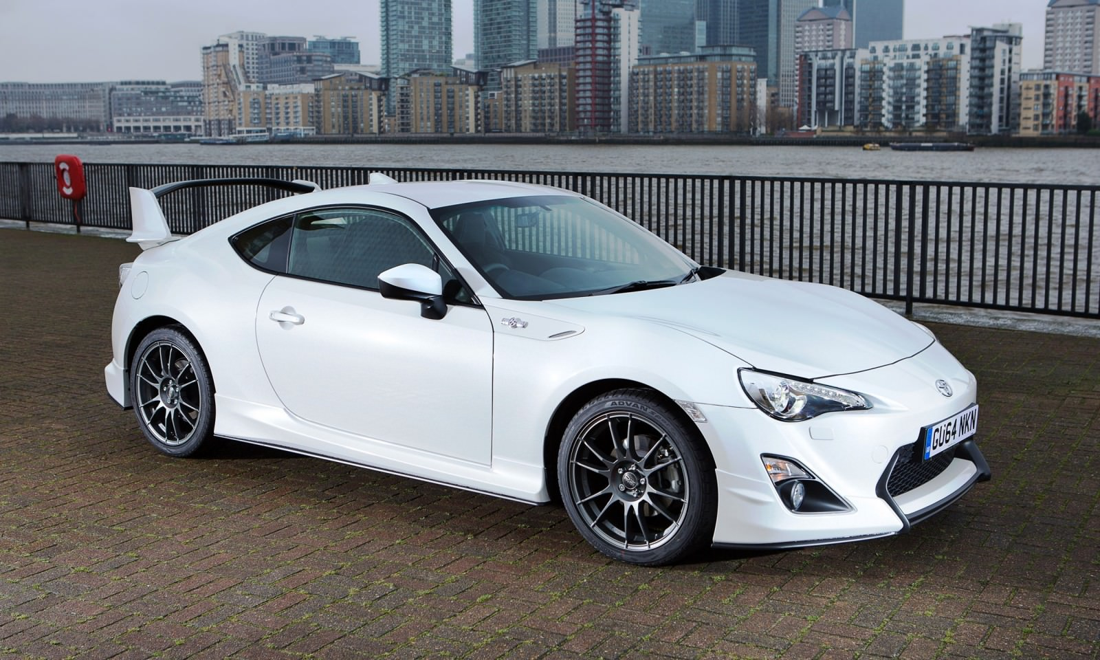 2015 toyota gt86. Black Bedroom Furniture Sets. Home Design Ideas
