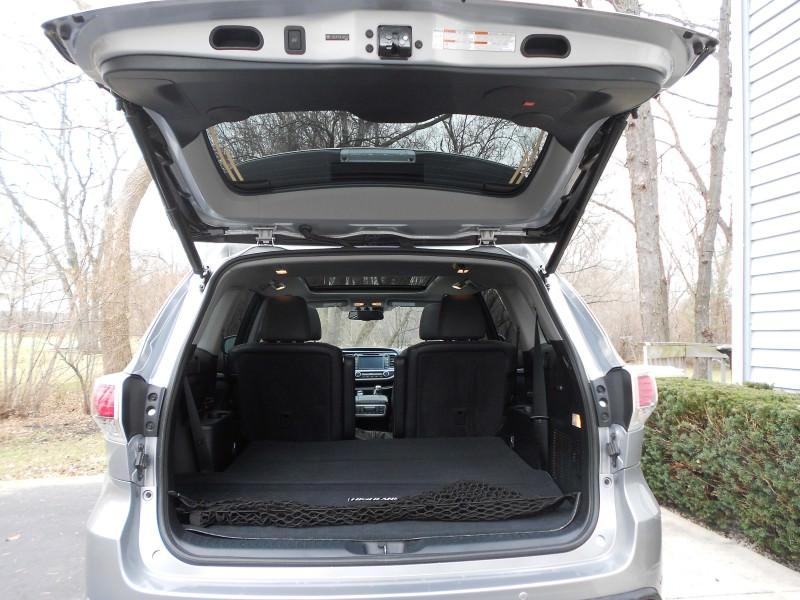 2015 Toyota Highlander Hybrid Review 1