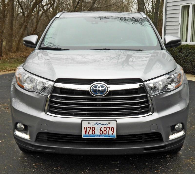 2015 Toyota Highlander Hybrid Review 11