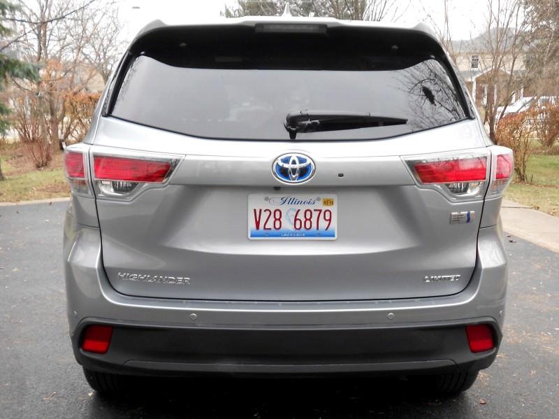 2015 Toyota Highlander Hybrid Review 14
