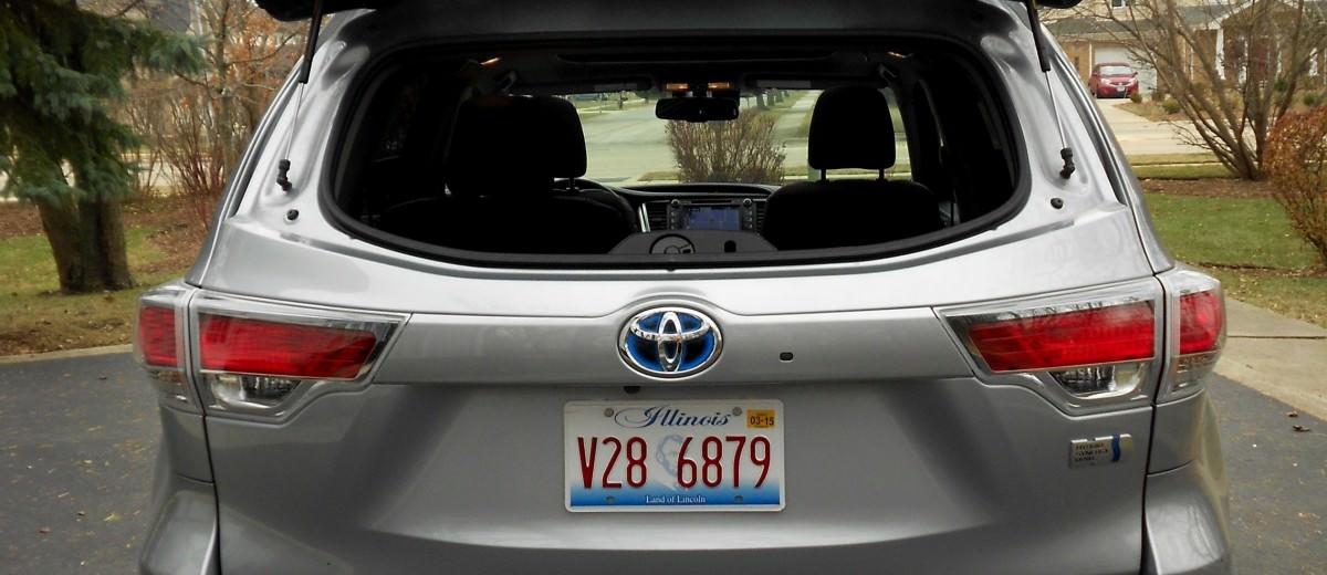 2015 Toyota Highlander Hybrid Review 16