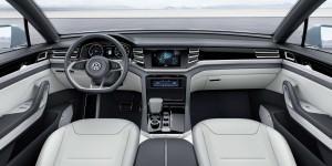2015 Volkswagen Cross Coupe GTE 13