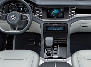 2015 Volkswagen Cross Coupe GTE 24