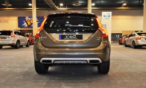 2015 Volvo V60 Cross Country 11